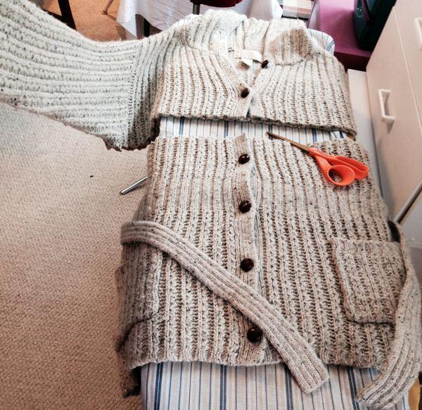 Переделка кофты в юбку