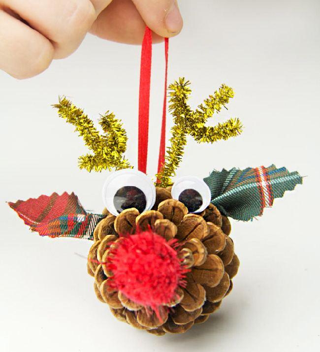 Новогодняя игрушка из природных материалов
