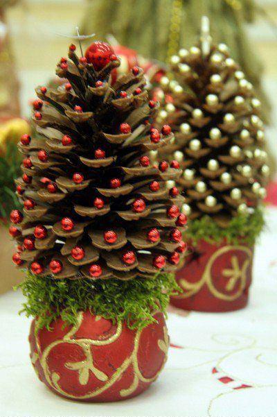 Новогодняя игрушка из природного материала